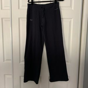 Woman's under Armour charged cotton black pants